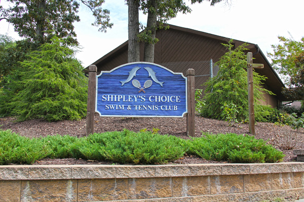 Shipley's Choice Community Pool